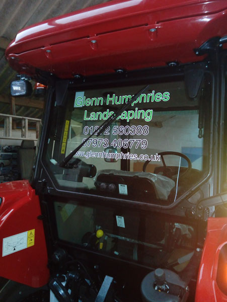 Tractor signwriting